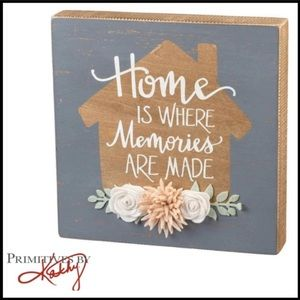 """""""Home Is Where Memories Are Made"""" Box Sign"""